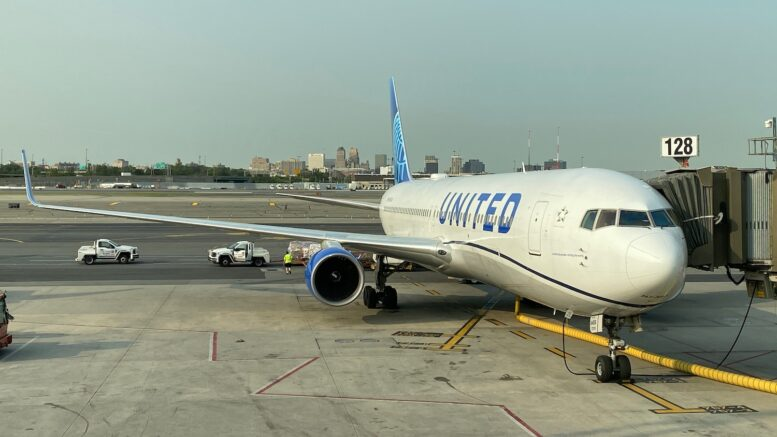 boston-londra-boeing-767-united